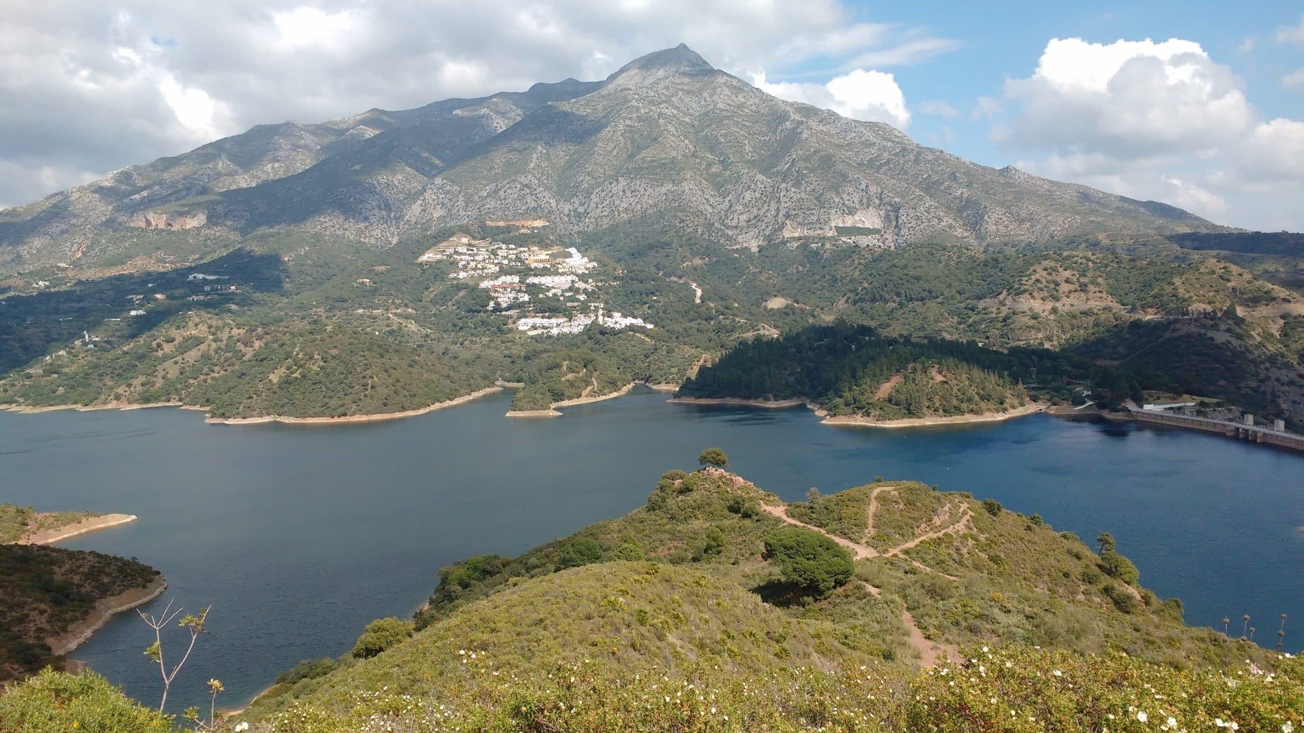 Embalse de la Concepción (El Angel Reservoir), and La Concha Mountain, Marbella Spain