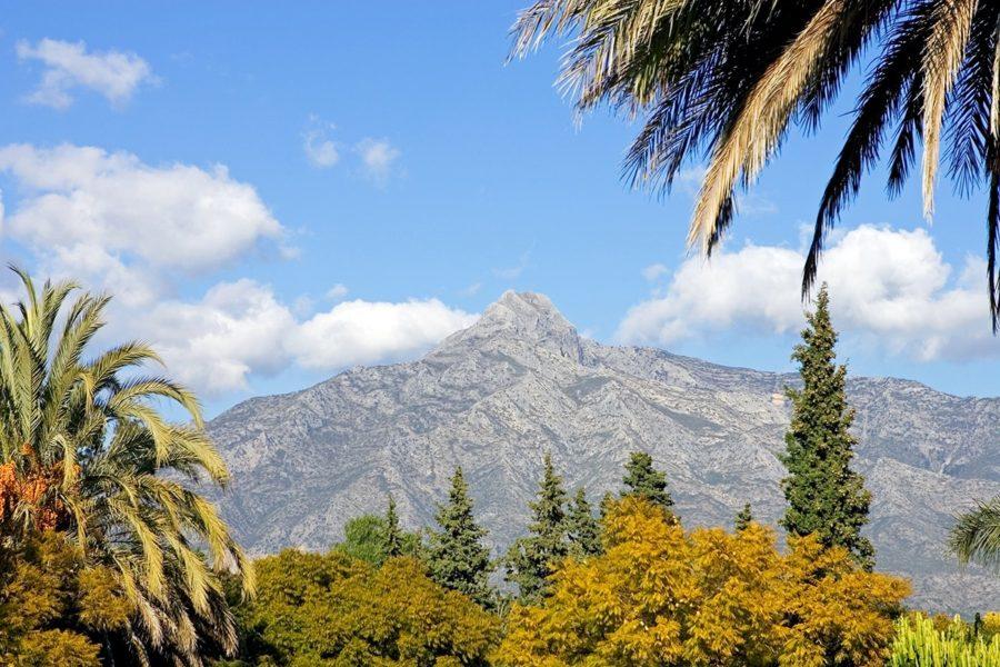 The ascent of La Concha, Marbella's landmark mountain