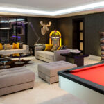 Luxury top chill entertainment rooms