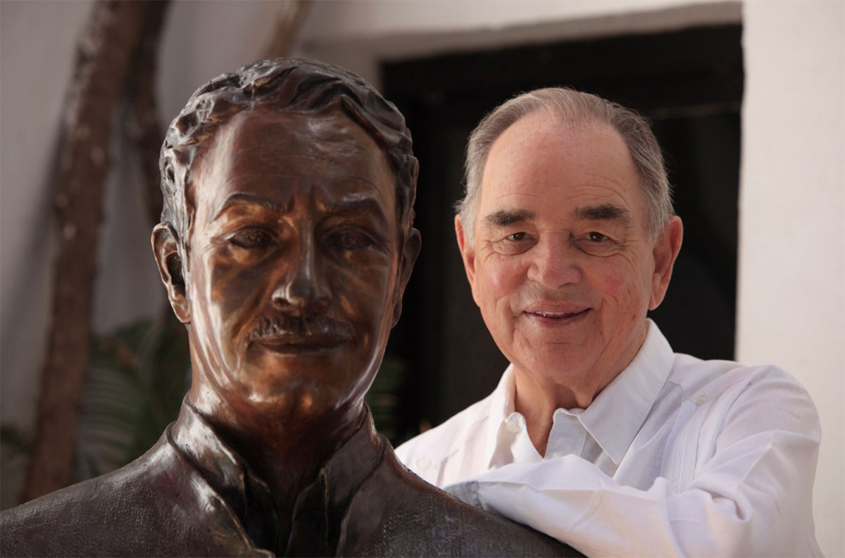 Count Rudi with the statue of Prince Alfonso at the Marbella Club Hotel