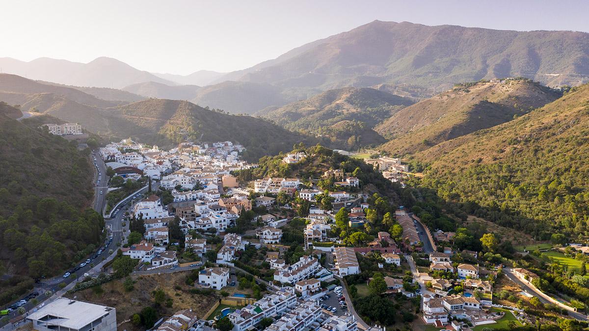 The village of Benahavís in the Serranía de Ronda