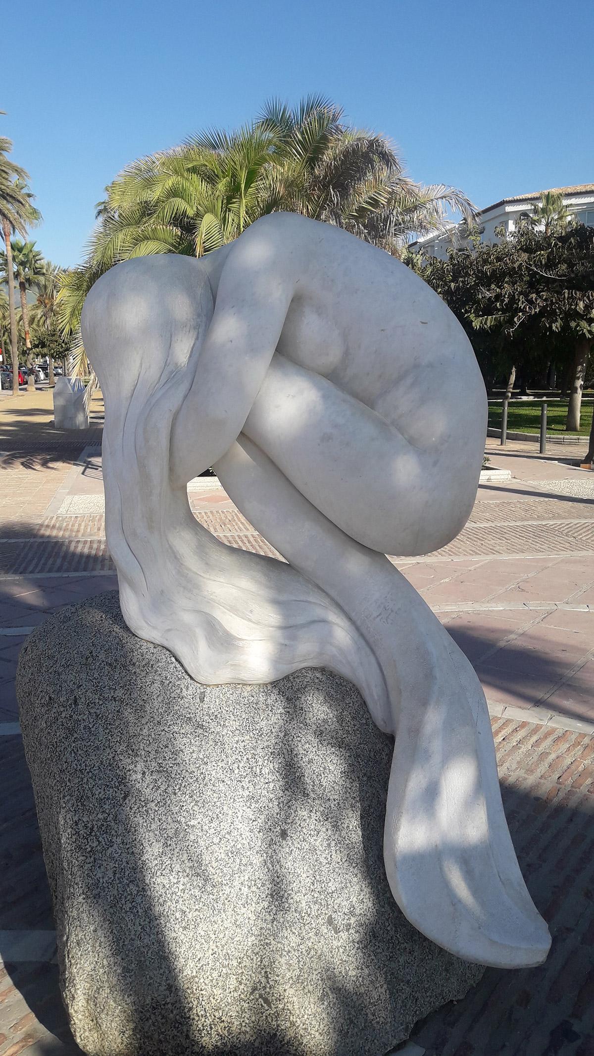 La Sirena de Puerto Banús, by Antonio Cañete