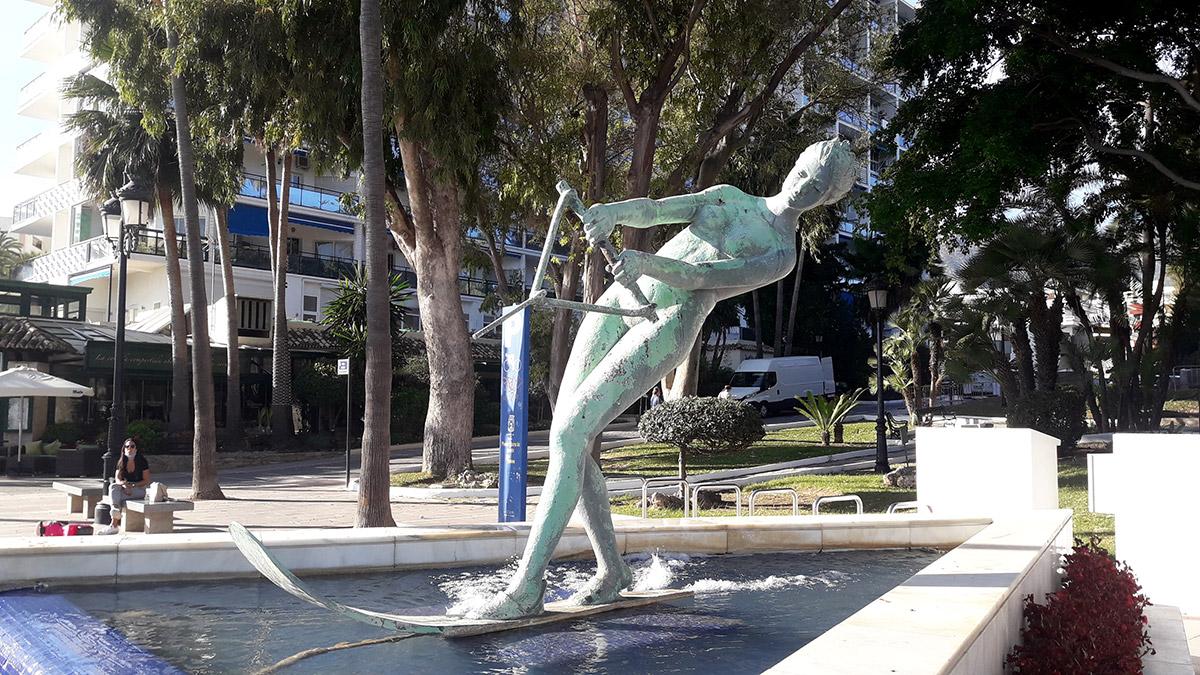 The three-metre-long sculpture, La Venus, by Francisco López Burgos