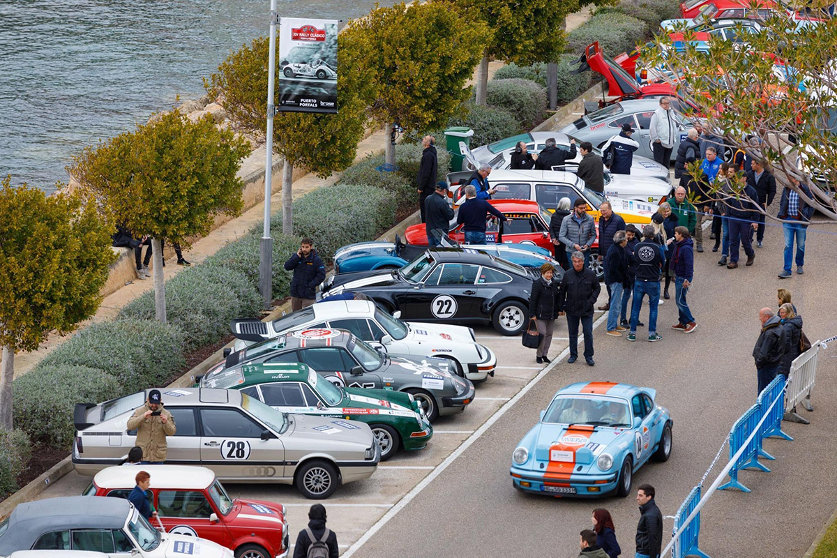 Gentleman Driving Club at a Mallorca classic rally
