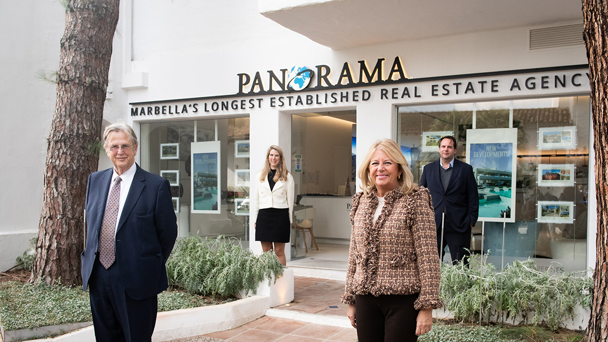 Mayoress of Marbella, Angeles Muñoz, inaugurates Panorama's renovated sales office at the Puente Romano hotel