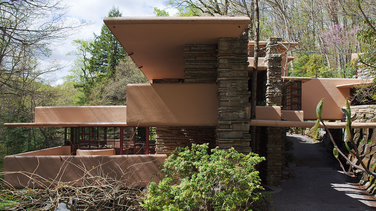 East elevation of Wright's Fallingwater House