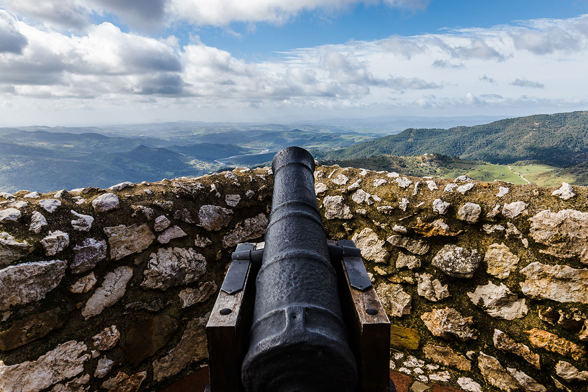The canon found in the Castillo del Aguila